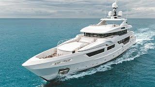 Entourage Luxury Superyacht By Admiral Tecnomar