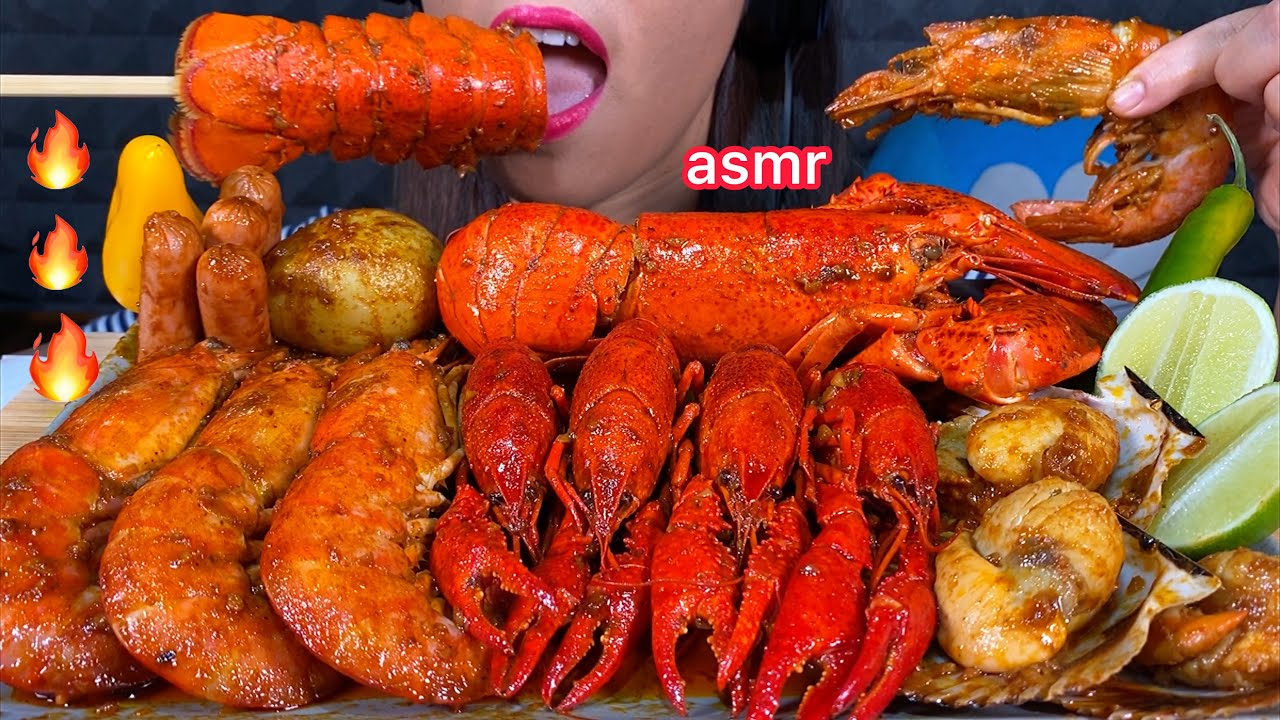 ASMR EATING SPICY SEAFOOD BOIL LOBSTER CRAWFISH ARGENTINE SHRIMP SCALLOP SAUSAGE POTATO CHILI