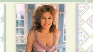 Watch Bette Midler Im Singing Broadway video