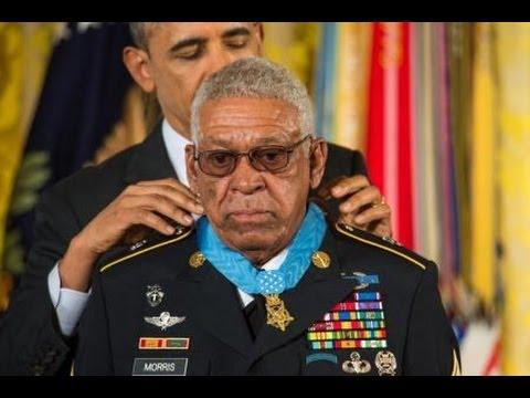 President Obama Awards SFC Melvin Morris the Medal of Honor.