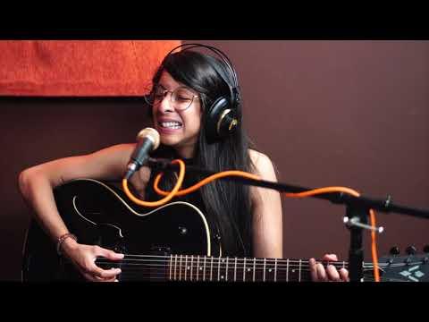 Gaby De Los Santos - Mentira (Guarevel Sesiones)