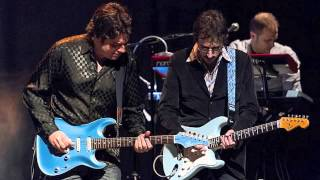 REAL STRAITS Live in Avilés 2013 - Two young lovers