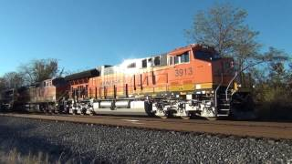 Wheeling notch 8 and brand new BNSF T4 at Boughtonville Rd from the lost files