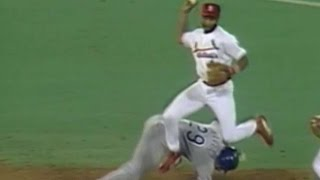 Ozzie jumps over runner to turn double play