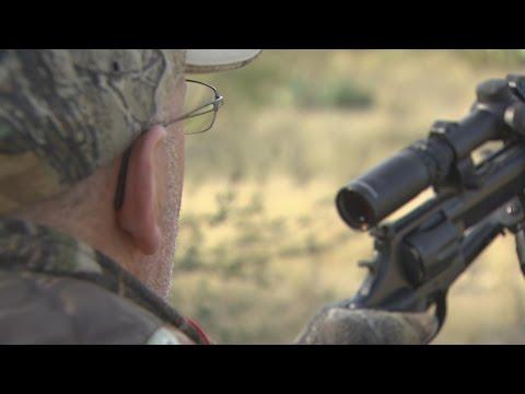 Whitetail Hunting With Handguns - 1403