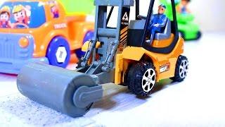 Мультфильм про машинки. Дорожный каток, бульдозер и самосвал строят дорогу. Развивающий мультик.(, 2015-07-03T04:52:08.000Z)