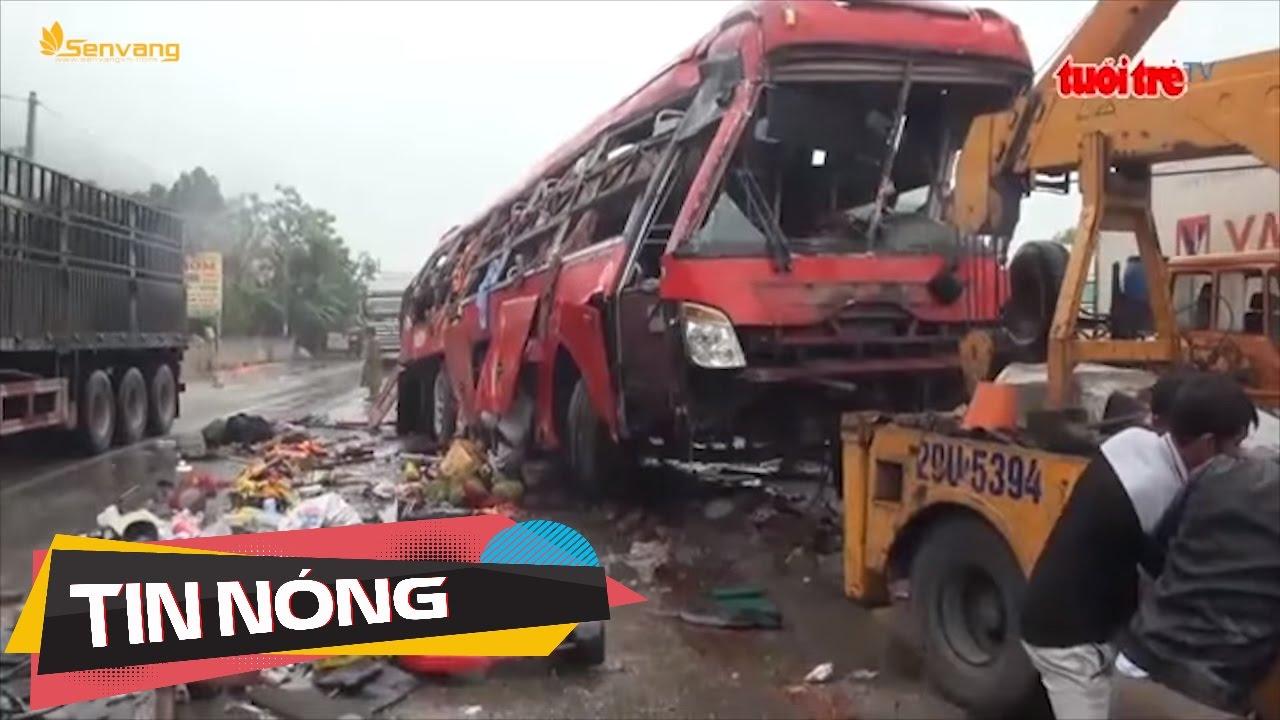 Hãi hùng xe Phương Trang, Thành Bưởi thi nhau lấn làn vượt đèo | Tin nóng 24h