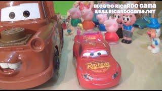 Caminhão Mate  (brinquedo) do filme Carros (Cars) Relâmpago McQueen Batman Imaginext Barbie