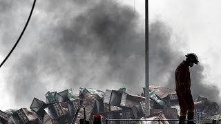 الصين: الخوف من تلوث كيماوي سام حول منطقة انفجاري تيانجين      15-8-2015