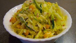 Я в шоке, эти ингредиенты могут сочетаться? Легкий овощной салат с капустой и крабовыми палочками