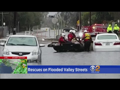 Drivers Trapped In Cars Rescued After Rain Floods San Fernando Valley Streets