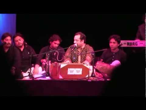 Rahat Fateh Ali Khan  In Manchester Singing Gum Sum Gum Sum