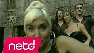 Video Yonca Evcimik - Bandıra Bandıra download MP3, 3GP, MP4, WEBM, AVI, FLV Agustus 2017