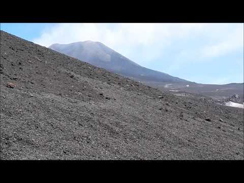 Etna, verso la Valle del Bove.