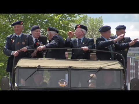REMEMBRANCE DAY VIDEO 2014 - CANADIAN/DUTCH MILITARY PARADE, Wageningen 2010