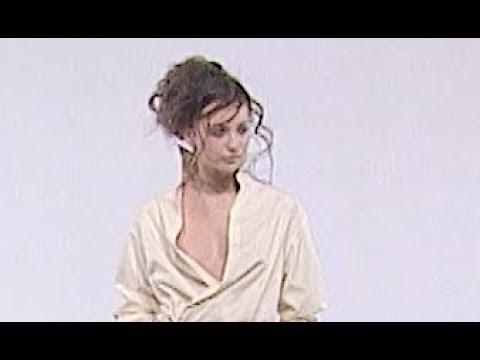 NINA RICCI Fall 1999 2000 Paris - Fashion Channel