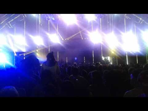 Jon Hopkins Live At Field Day 2017
