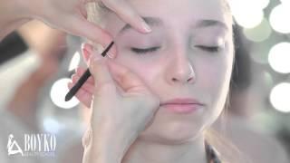Правильная коррекция бровей. Окрашивание бровей и ресниц(, 2015-02-13T10:54:13.000Z)