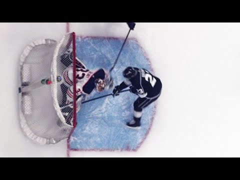 Kings' tying goal ruled good then waved off after multiple reviews