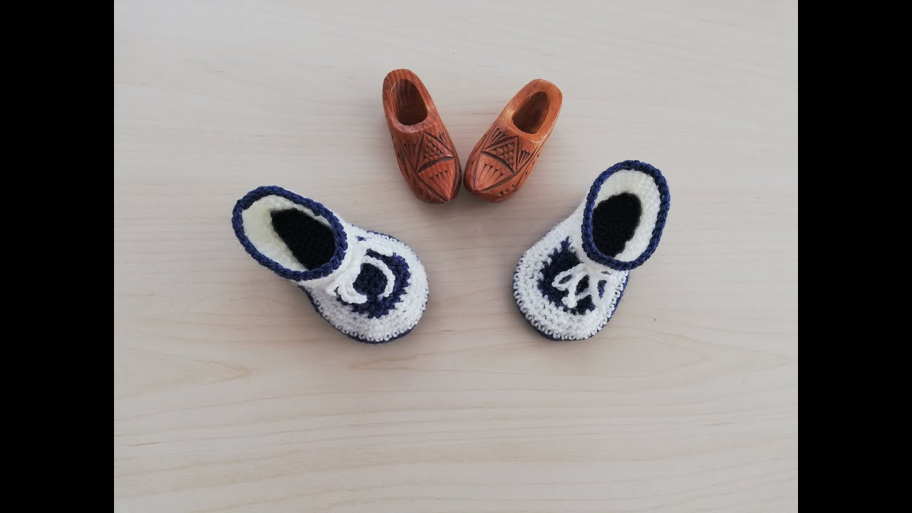 Botas azules y blancas