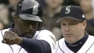 2001ALDS Gm5: McLemore drives in two in the 2nd