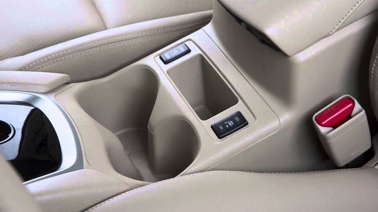 Nissan Rogue Owners Manual: Luggage hooks