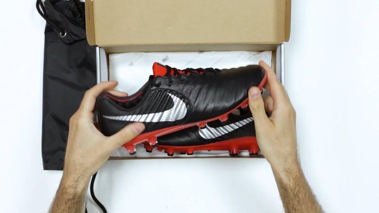 brand new cfb07 e9fbd UNBOXING: Nike Tiempo Legend VII Elite Raised On Concrete - Las nuevas  botas de Sergio Ramos