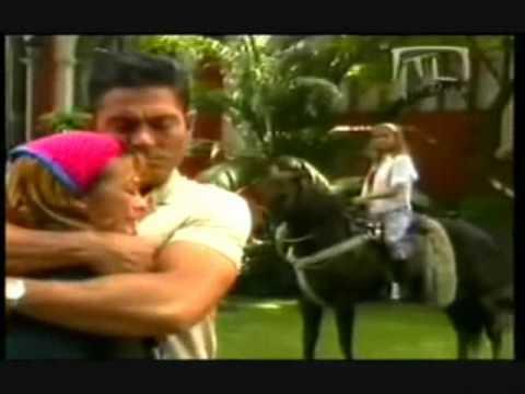- Abrazame Muy Fuerte - ***Marc Anthony***