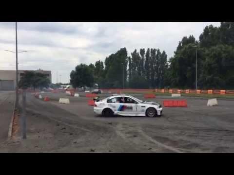 Drifting Bmw Z3 M E36 vs Bmw M3 E46