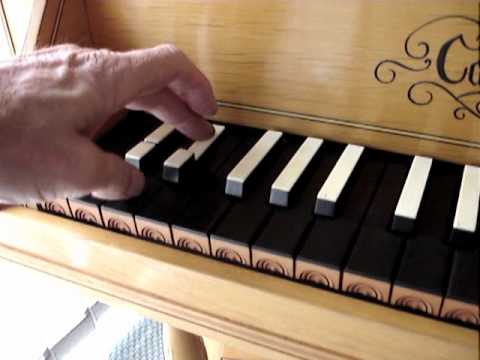 Cbh english bentside spinet short and broken octave youtube for Yamaha 3 octave keyboard