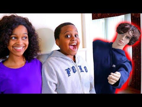 MANNEQUIN vs Shiloh and Shasha - Onyx Kids