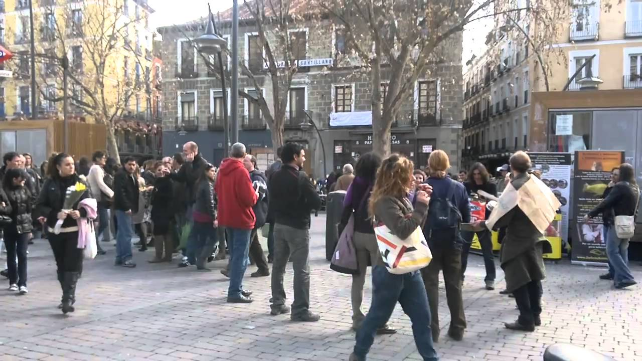 Plaza tirso de molina rastro de cascorro madrid hd - Cascorro madrid rastro ...
