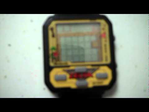 Legend Of Zelda Watch Review From The 80s Nelsonic Youtube