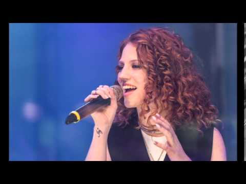 "Jess Glynne James Bay's ""Let It Go"" & Rihanna's ""Umbrella"" Acoustic Mash Up on BBC Live Lounge"