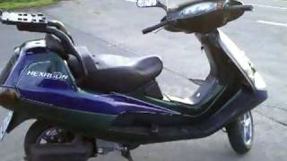 Showing Piaggio Hexagon 250 GT Scooter Roller ( With Honda Helix Engine )