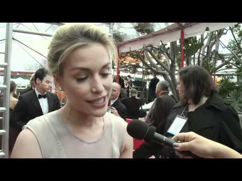 Piper Perabo - HFPA Red Carpet Interview- Golden Globes 2012