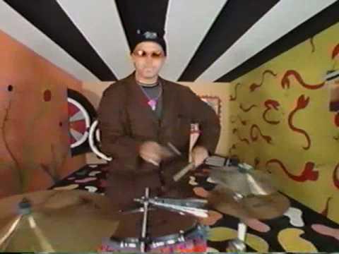 """Phunk Junkeez - """"I AM A JUNKEE"""" - (OFFICIAL VIDEO 1992)"""