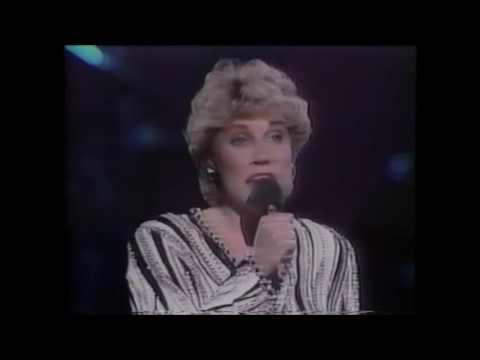 Anne Murray - A Little Good News - live