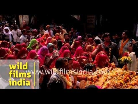 India celebrates organic Holi with flowers