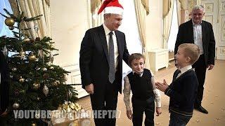 Vladimir Santa Claus Putin: Putin fulfills ill boy's dream - Vladimir Putin realiza sonho de criança