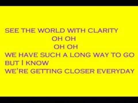 Hannah montana-bigger than us (with lyrics)