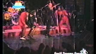 The Manhattan Transfer - Trickle Trickle (live)