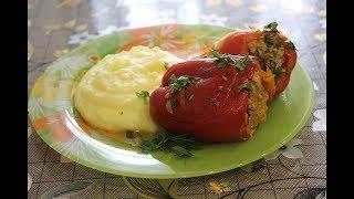 Перец фаршированный мясом и рисом — с фаршем говядины.