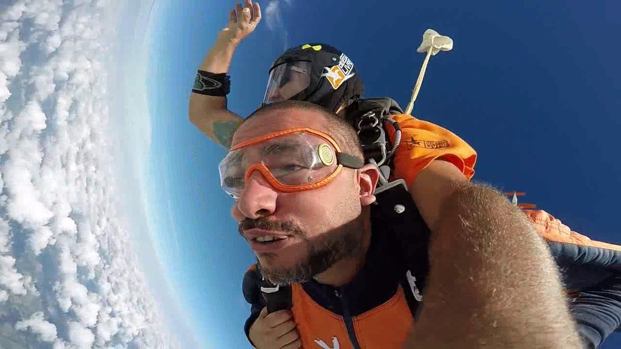 Salto de Paraquedas do Luiz A na Queda Livre Paraquedismo 15 01 2017