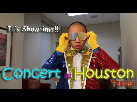 IT'S SHOWTIME! CONCERT IN HOUSTON | March 20th, 2017 | Vlog #60
