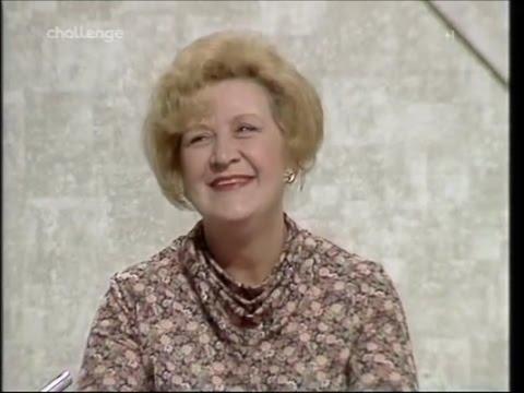 Mollie Sugden - Blankety Blank (1979)
