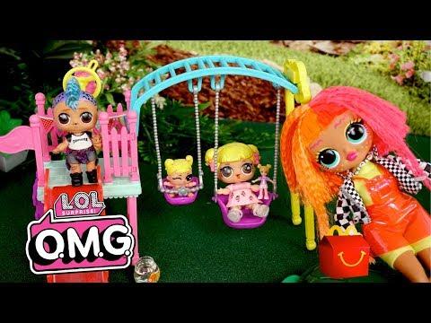 LOL OMG Doll Babysits LOL Goldie & Punk Boi - New Class Pet!