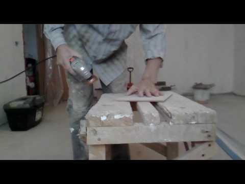 Как снять старый клей с кафельной плитки