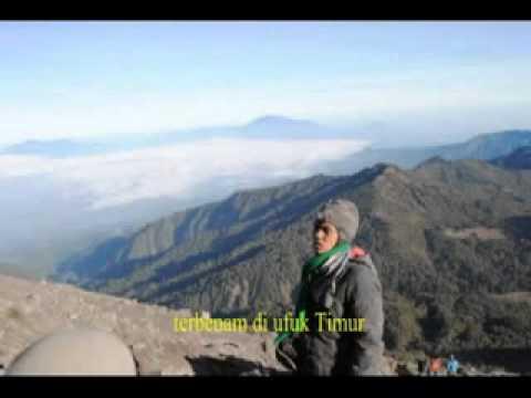 DI JENJANG DESEMBER (Tembang Mahameru) - Gustryaraka