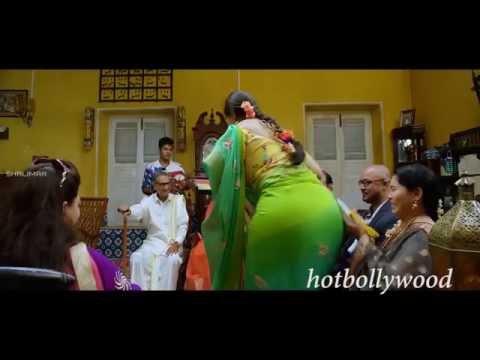 Anushka Shetty big ass in saree